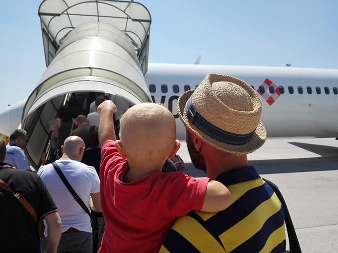 come educare i bambini all'autonomia in viaggio