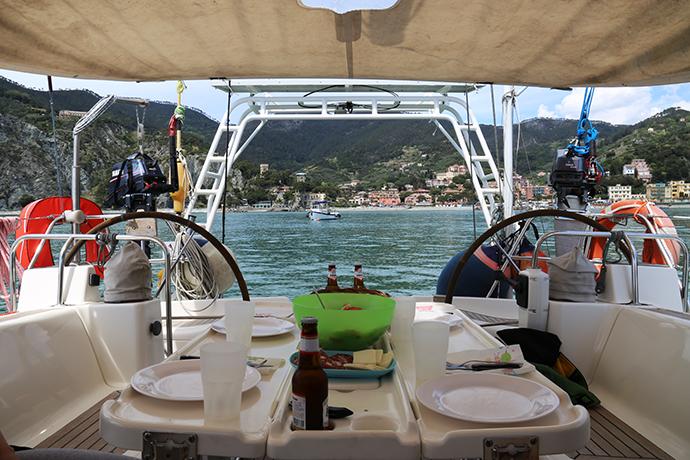 in-barca-con-omero-05