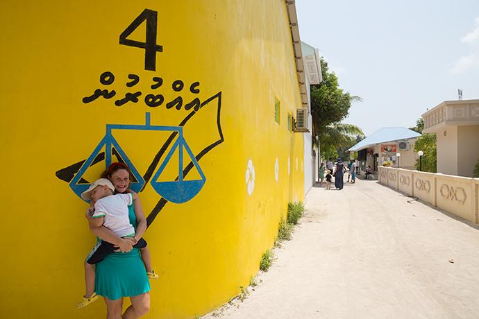 Maldive visitare un'isola locale