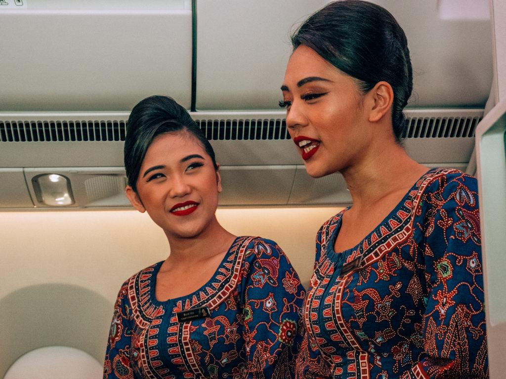 Singapore Airlines hostess