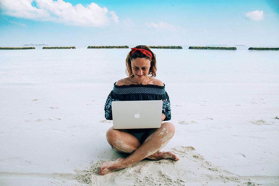 Travel Blogger School